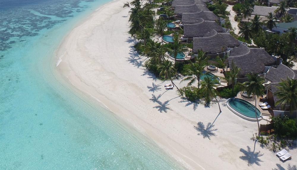 Maldive's white beaches