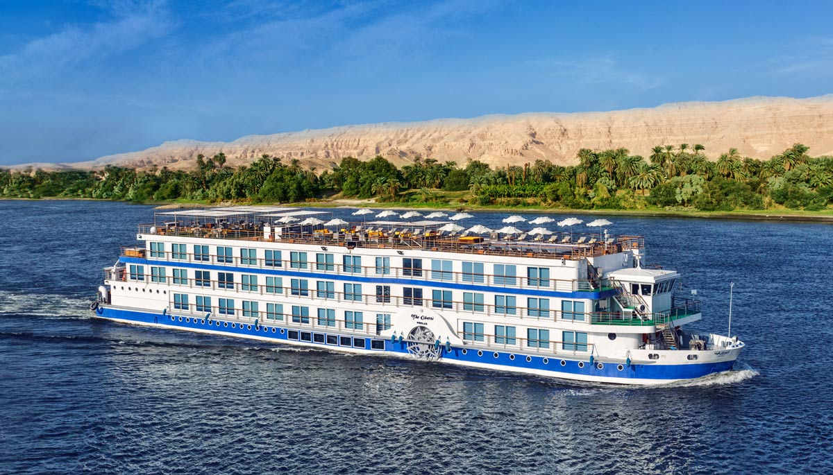 Oberoi Philae cruising through the Nile