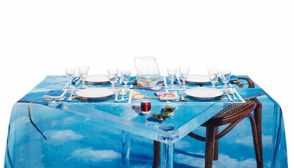 Loewe limited-edition table linen set
