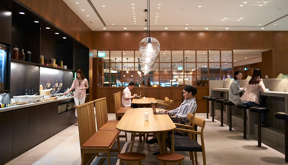 Cathay Pacific Lounge in Changi Airport's Terminal 4