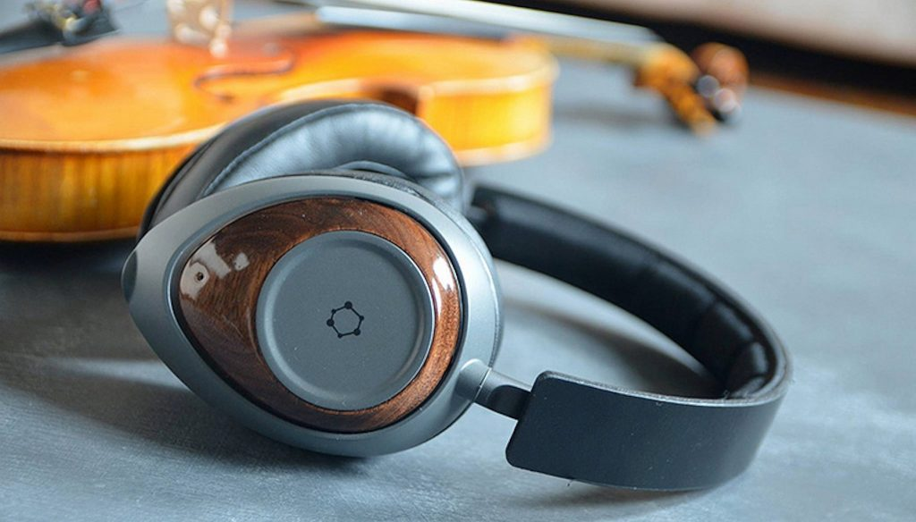GrapheneQ headphones