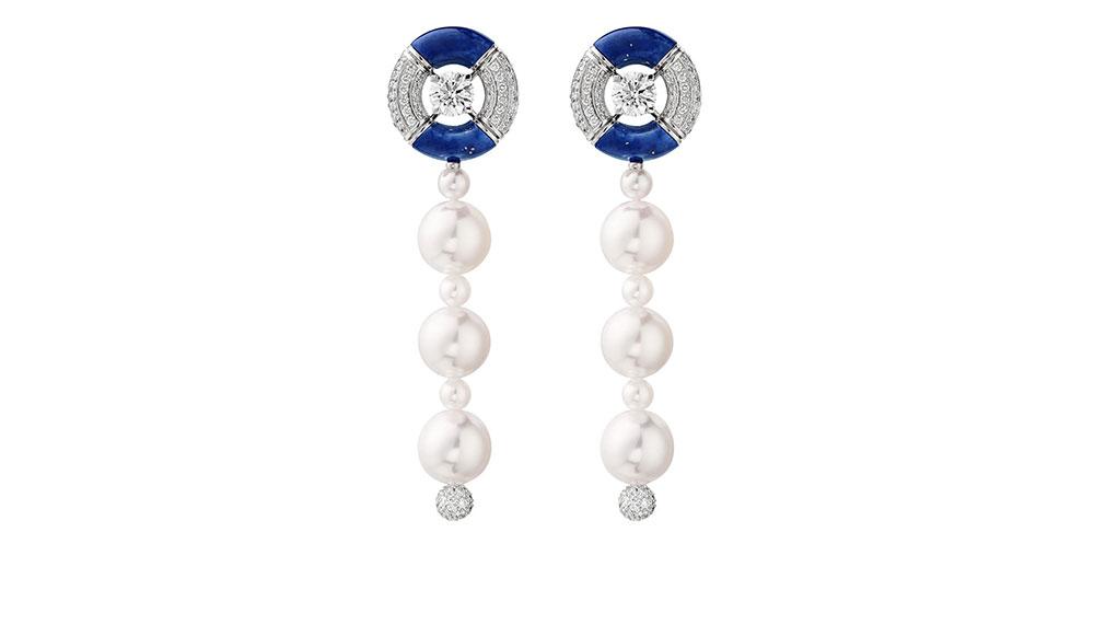 Chanel Precious Float earrings
