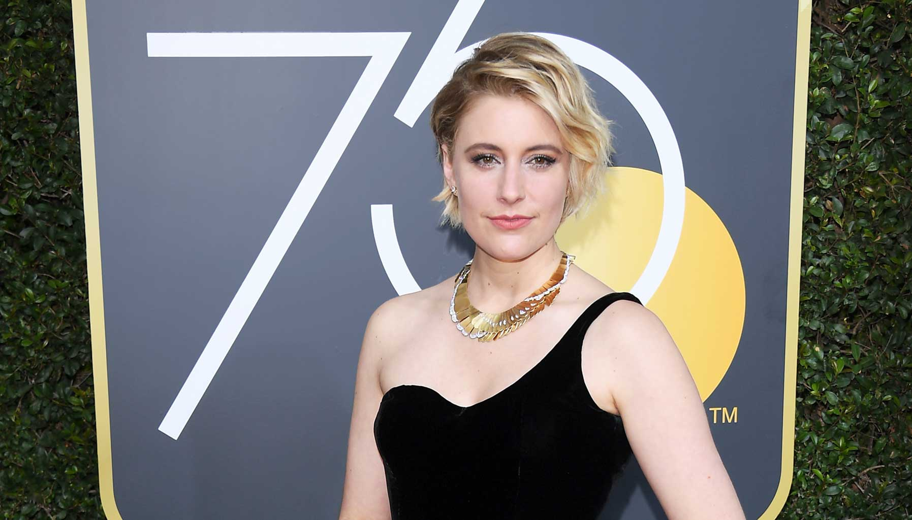 Greta Gerwig in Tiffany & Co, Golden Globes 2018