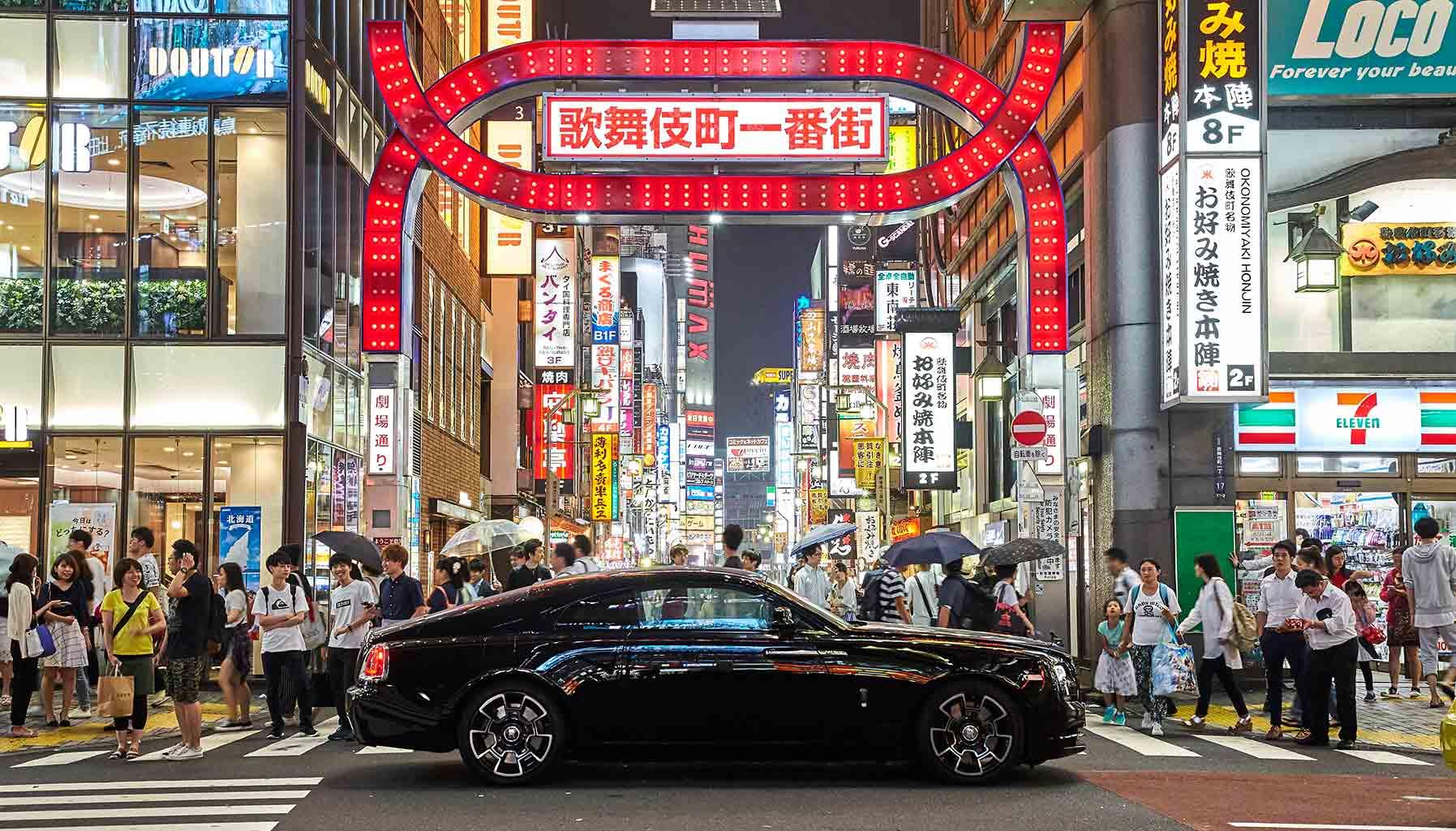 Rolls-Royce Black Badge in Tokyo