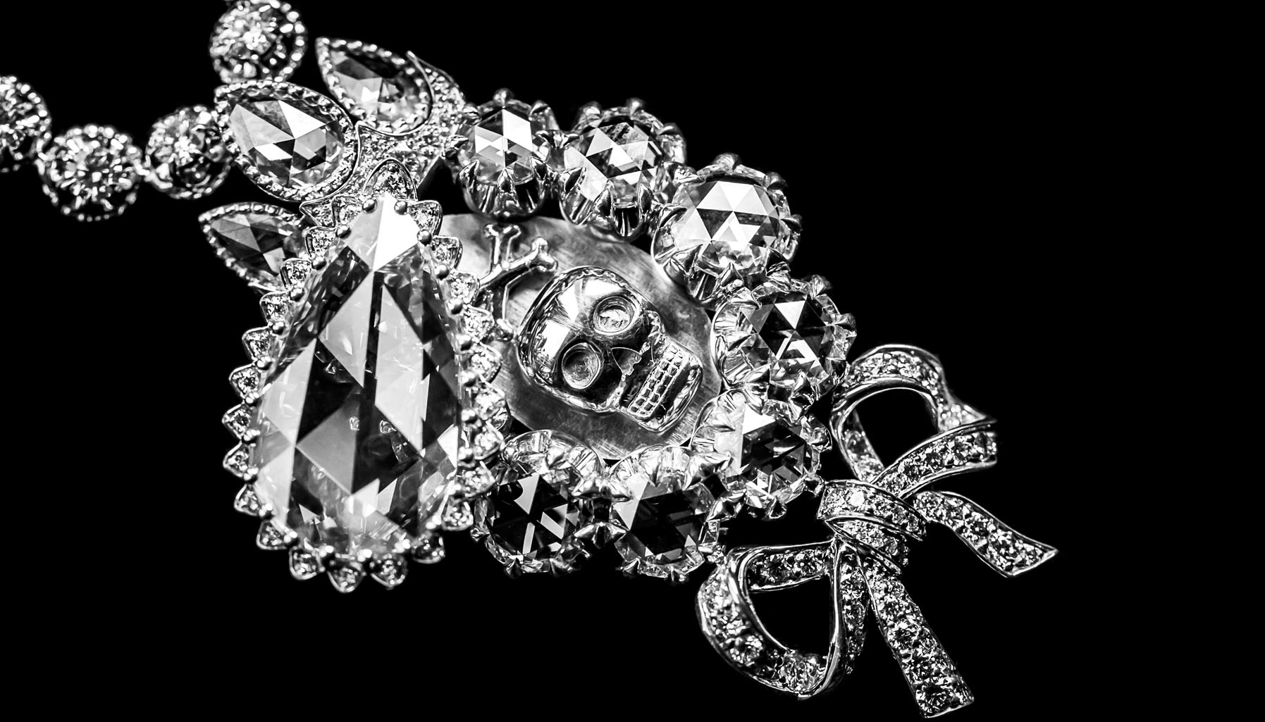 Dior Pieces Secretes collection