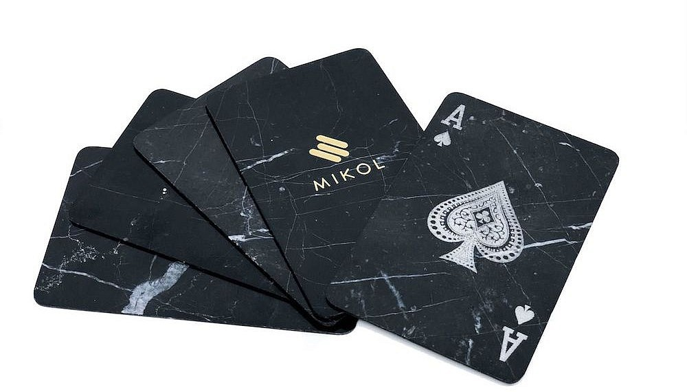 Marble poker cards, Mikol