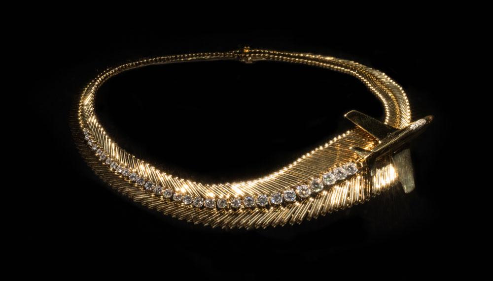 Van Cleef & Arpels Mystere IV necklace
