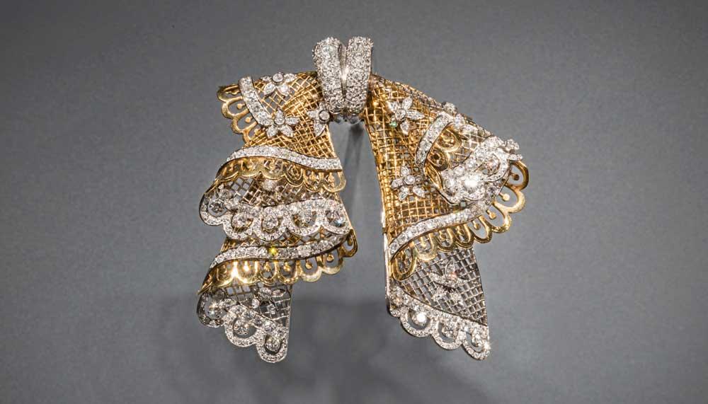 Van Cleef & Arpels Lace bow clip