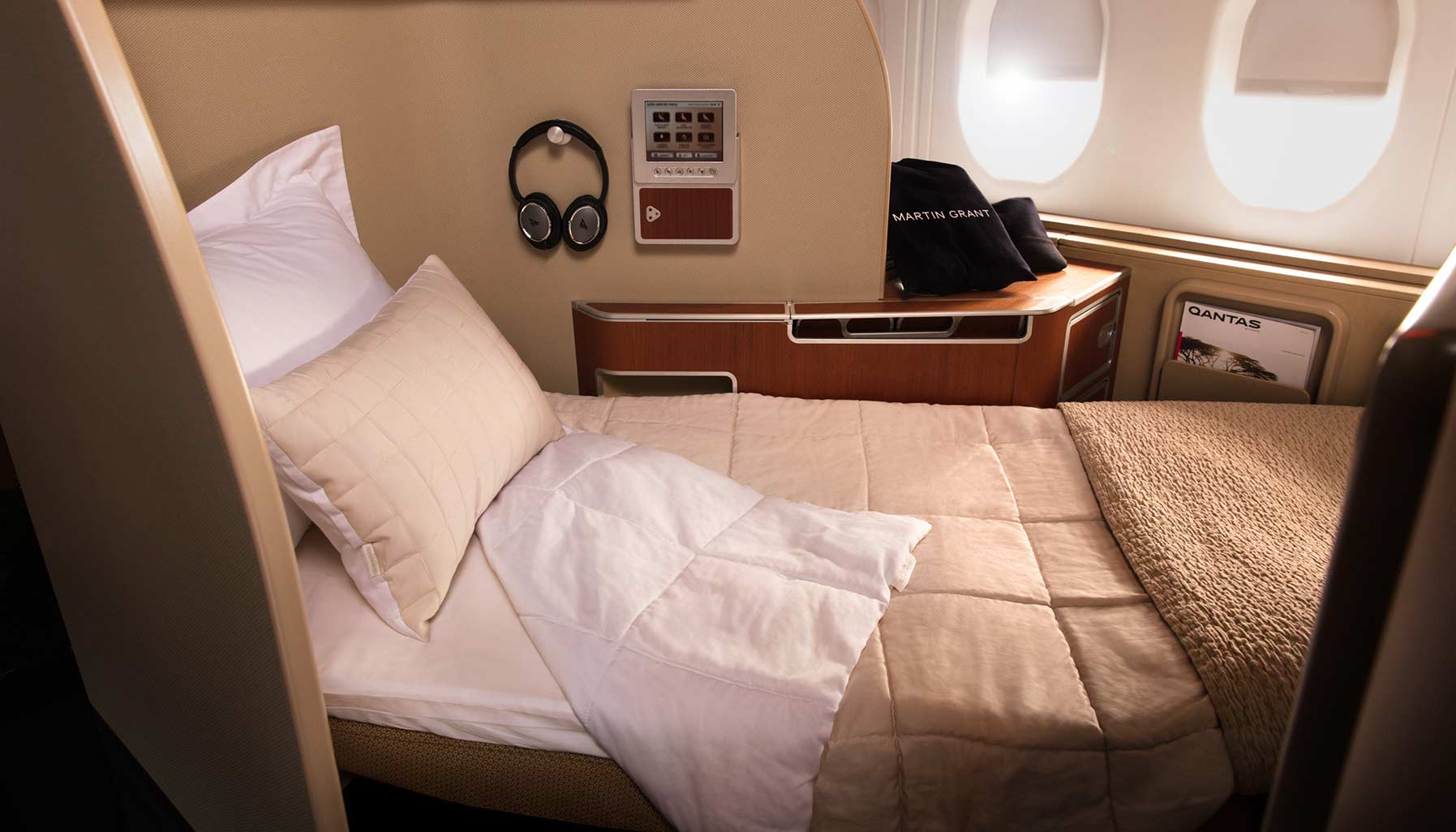airlines, Qantas, Qantas first class