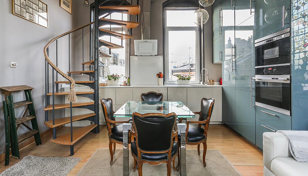 Airbnb Plus, London, England
