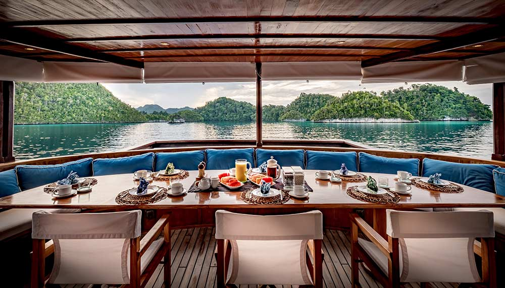 Private yacht charters in Southeast Asia, Rascal