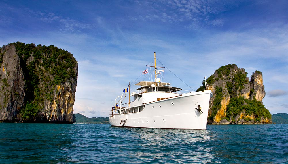 Private yacht charters in Southeast Asia, Calisto