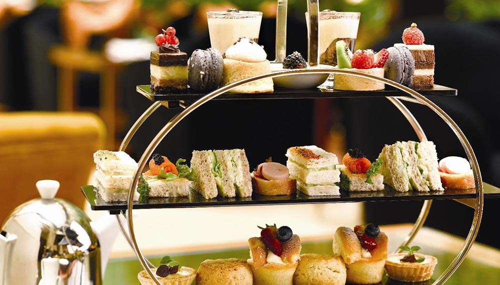 The Fullerton Hotel, Courtyard, Afternoon Tea