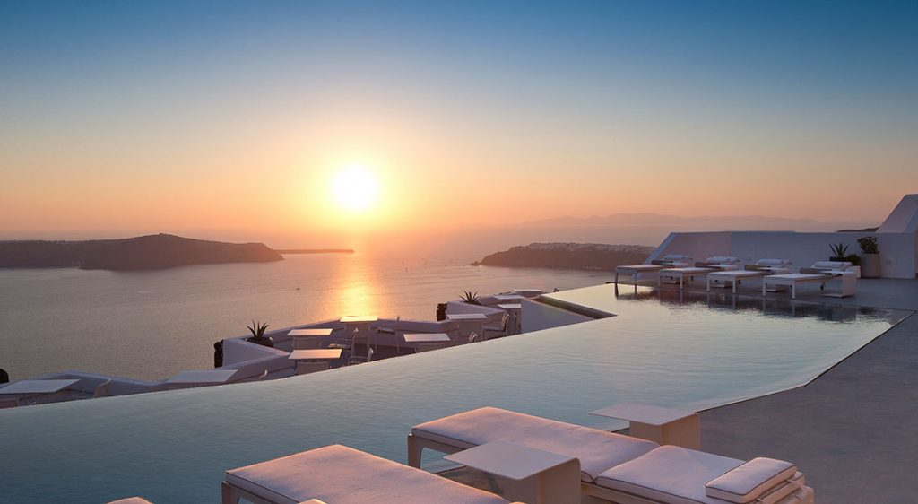 hotel swimming pools, Grace Santorini