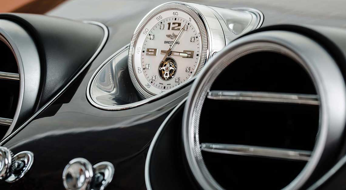 Best dashboard clocks - Bentley