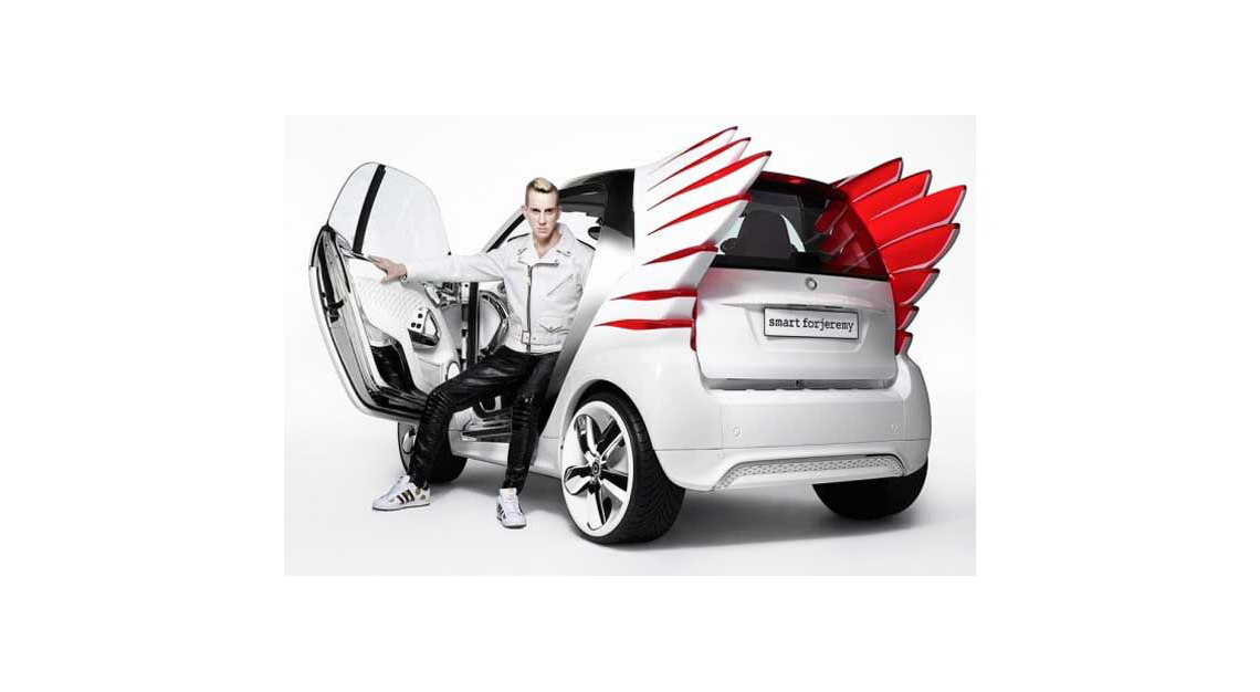 Smart Forjeremy In Collaboration With Jeremy Scott