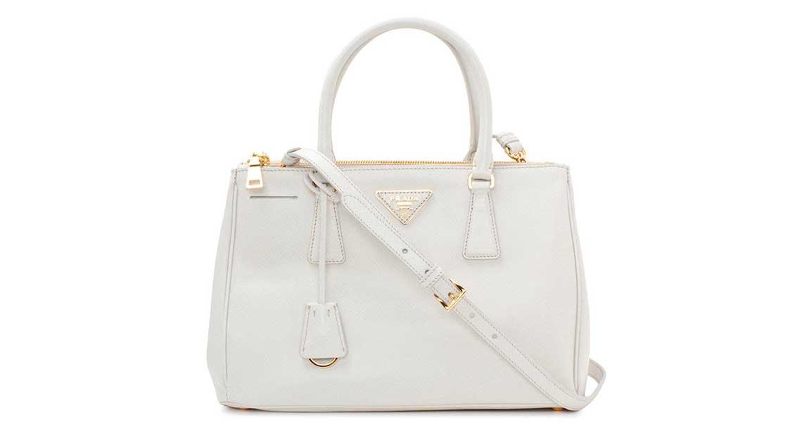 Iconic luxury handbag - Saffiano Lux Tote - Prada