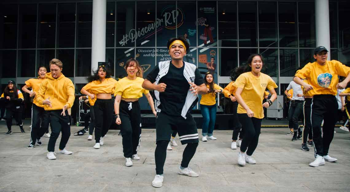 i Light Singapore 2019 - Student performers from Republic Polytechnic
