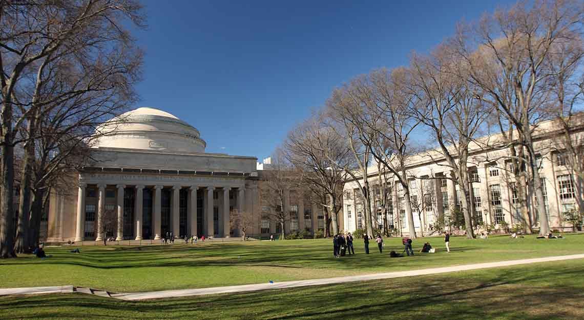 Business of Blockchain - MIT