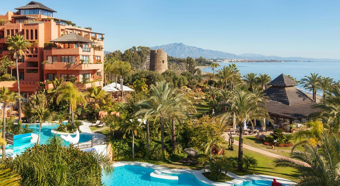 Kempinski Hotel Bahia in Marbella, world's most expensive Christmas tree