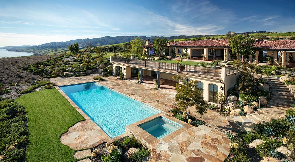 El Rancho Tajiguas, California