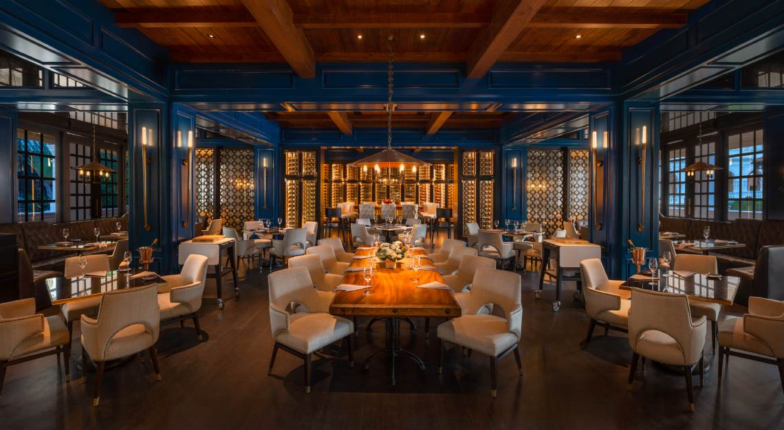 raffles hotel Butcher's Block - Restaurant Interior