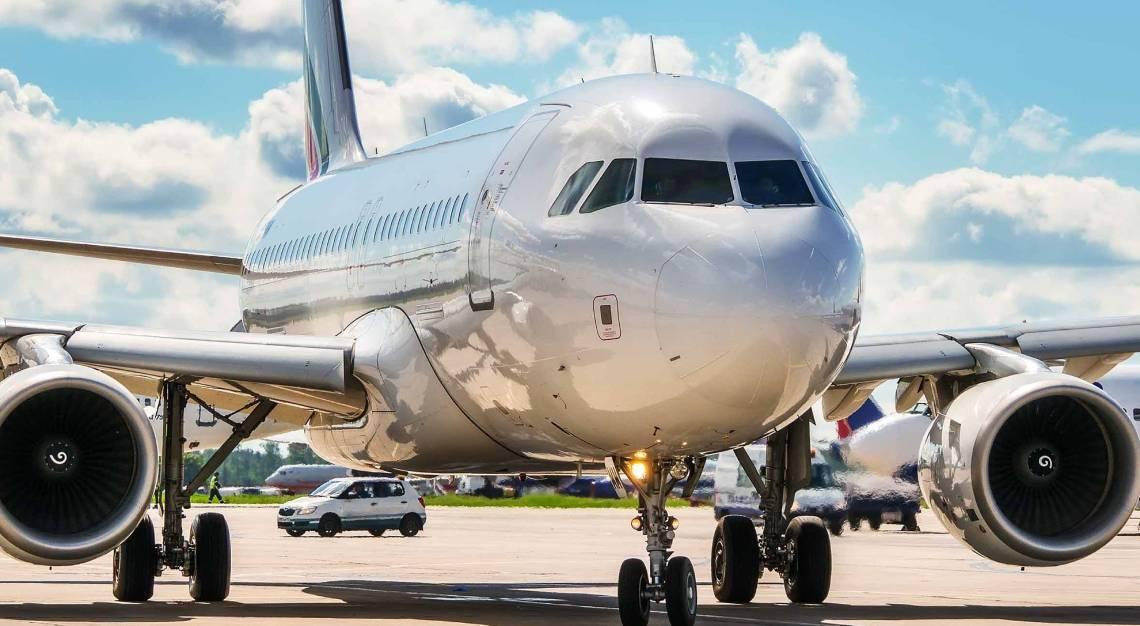 singapore air charter