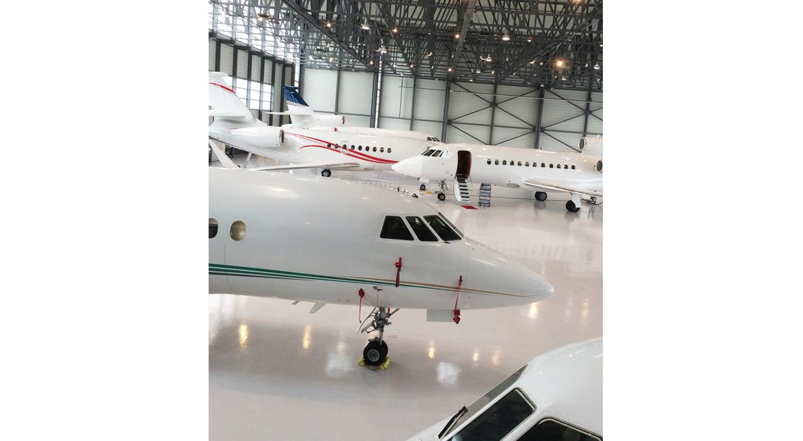 2uber-private-jets-on-demand-LunaJets-robb-report