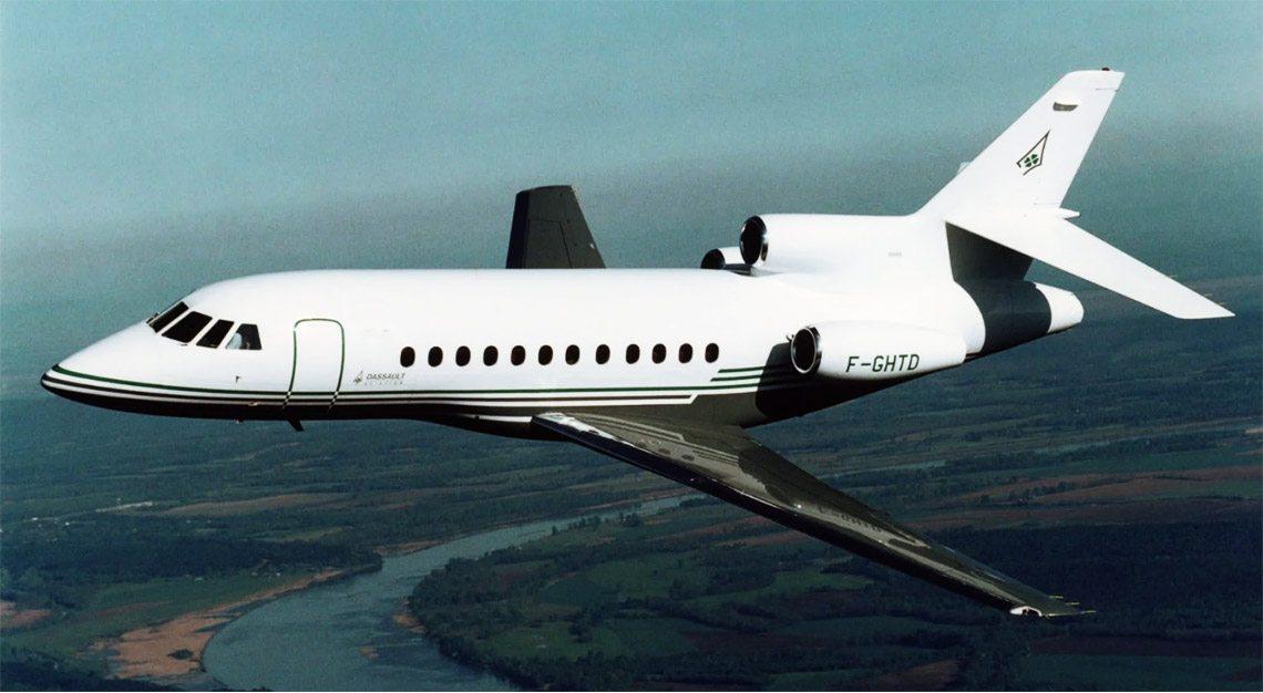 Dassault Falcon 900B