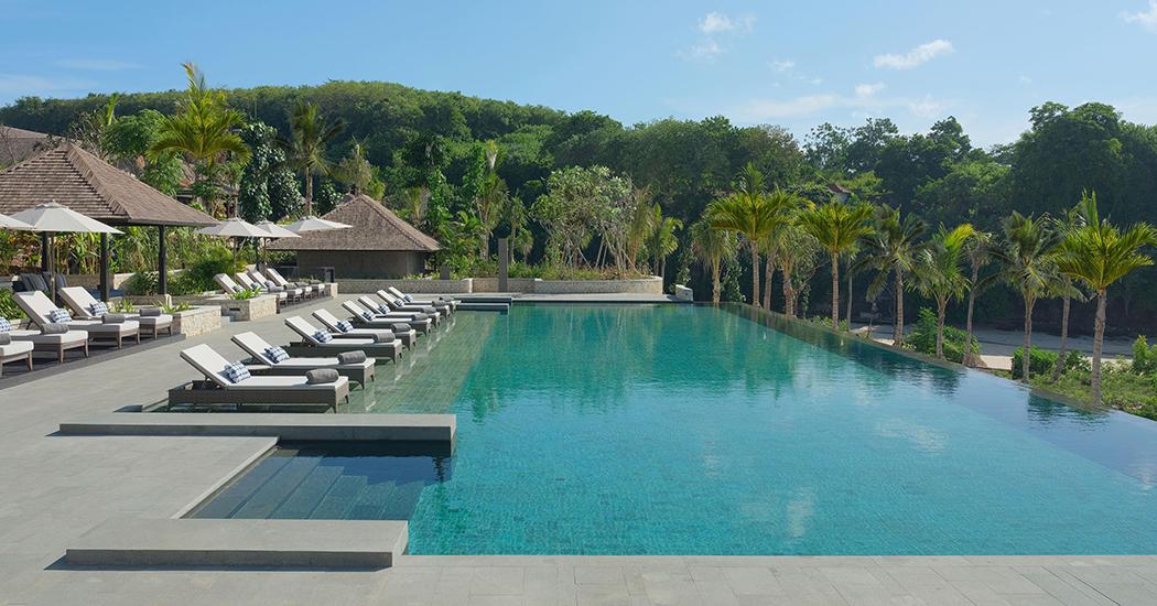 Main Infinity Pool, Raffles Bali