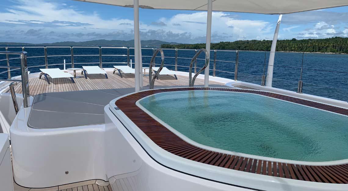 Amels Papa yacht charter