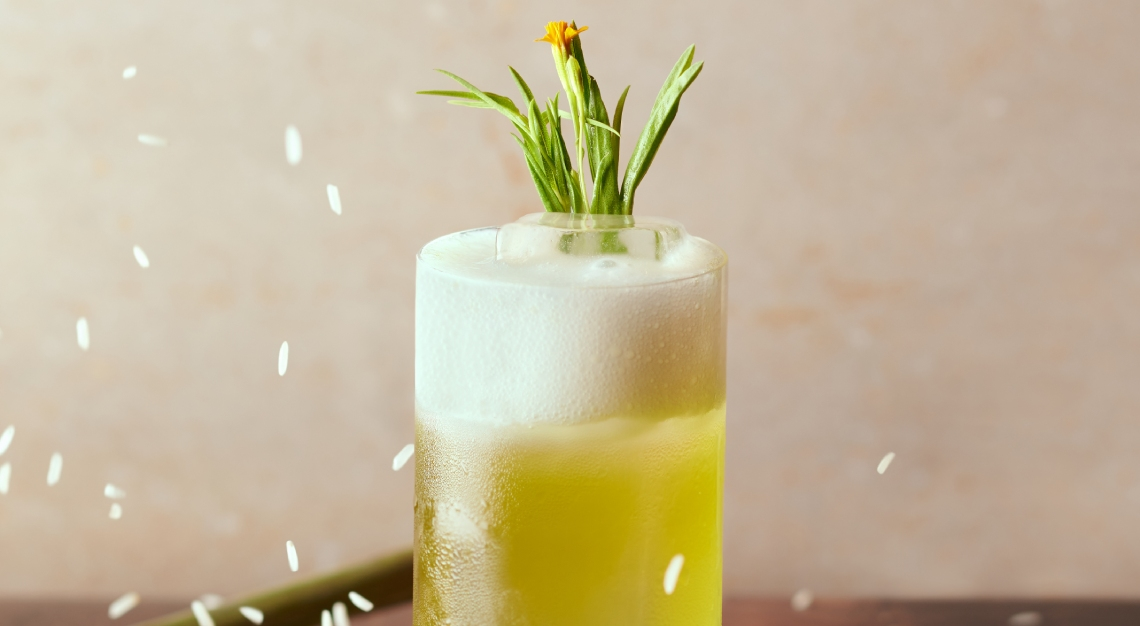 laut bar grass cocktail