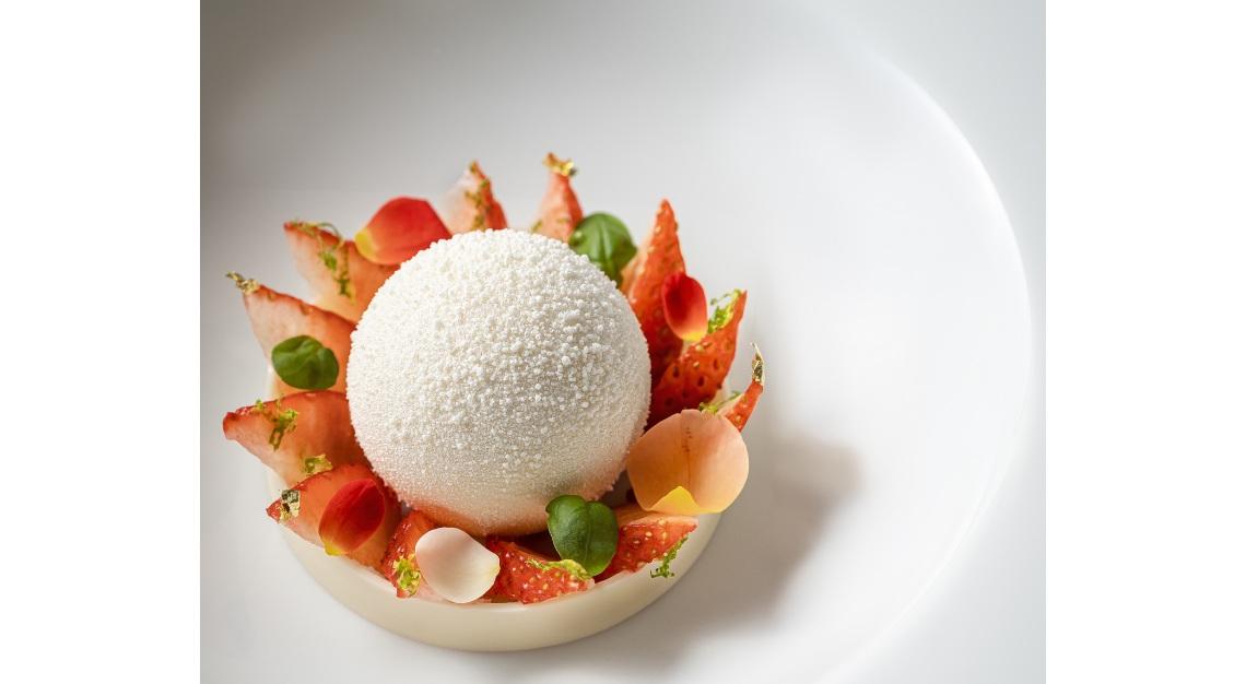 saint pierre Strawberry - Tochigi Strawberry, Yuzu, Basil