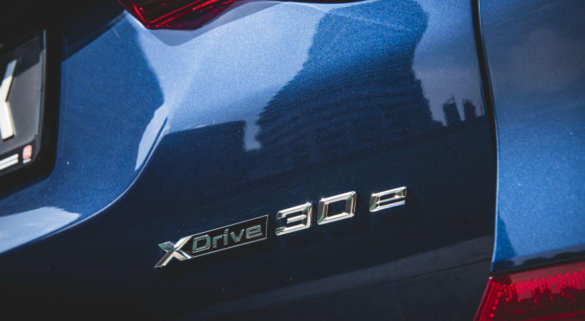 bmw x3 xdrive30e plug in hybrid review