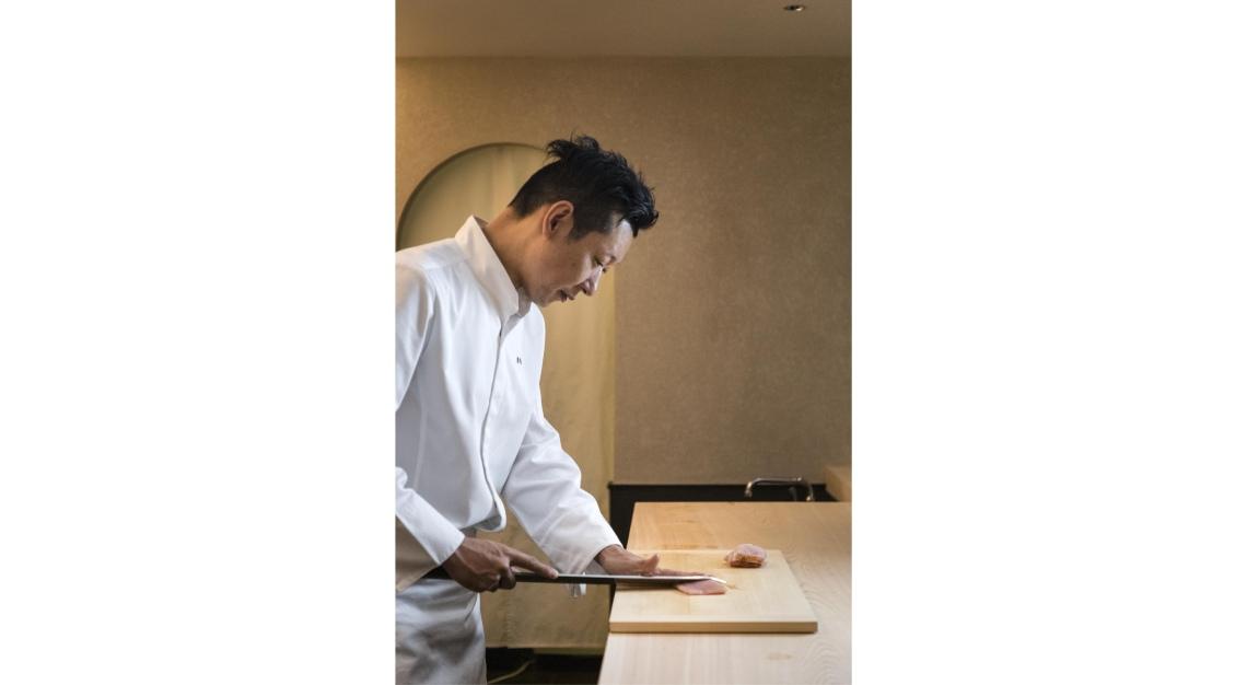 sushi kou head chef yoshio sakuta