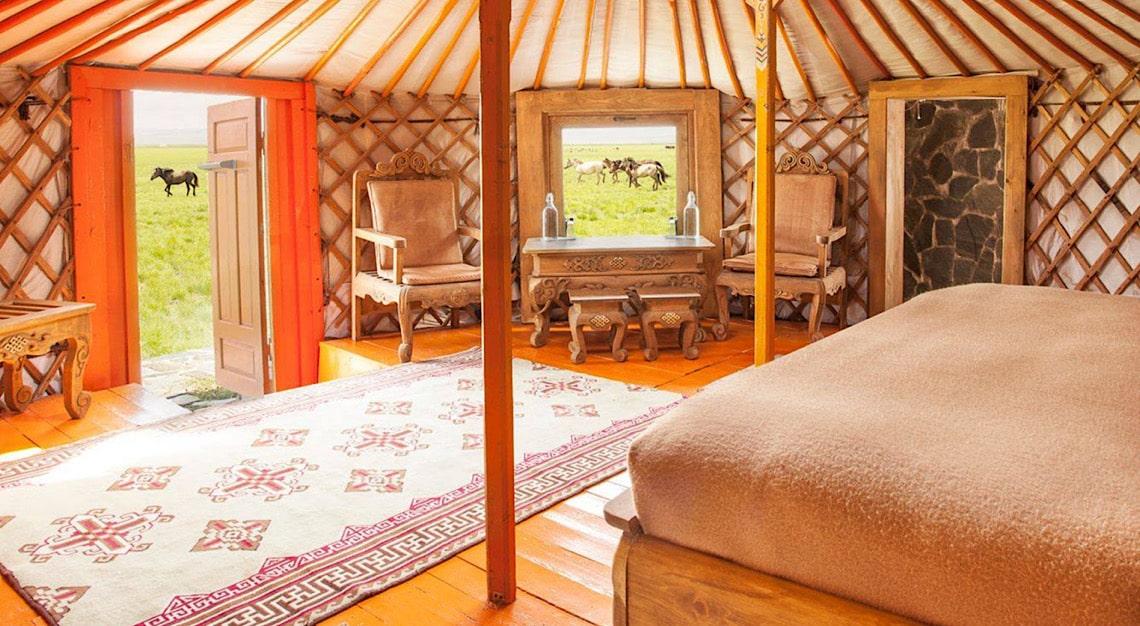 Three Camel Lodge's Interior