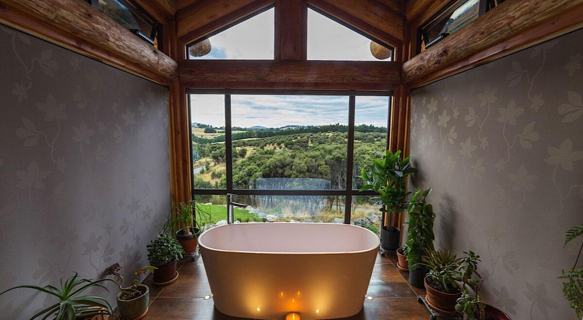 Fiordland Lodge Bathroom