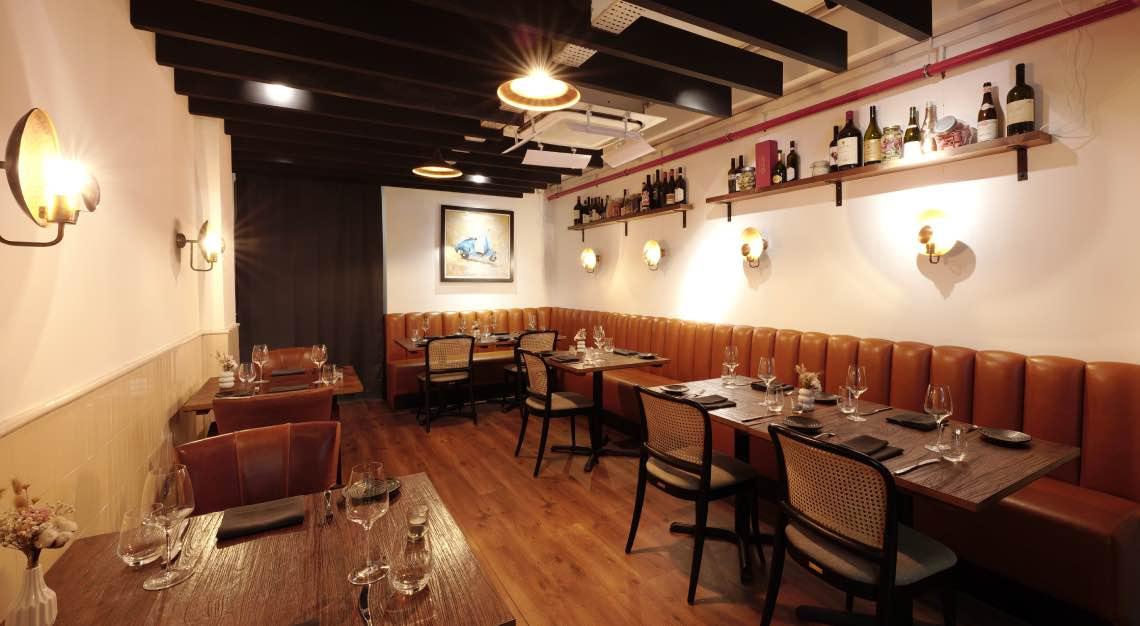 Solo Ristorante - Casual Dining Area