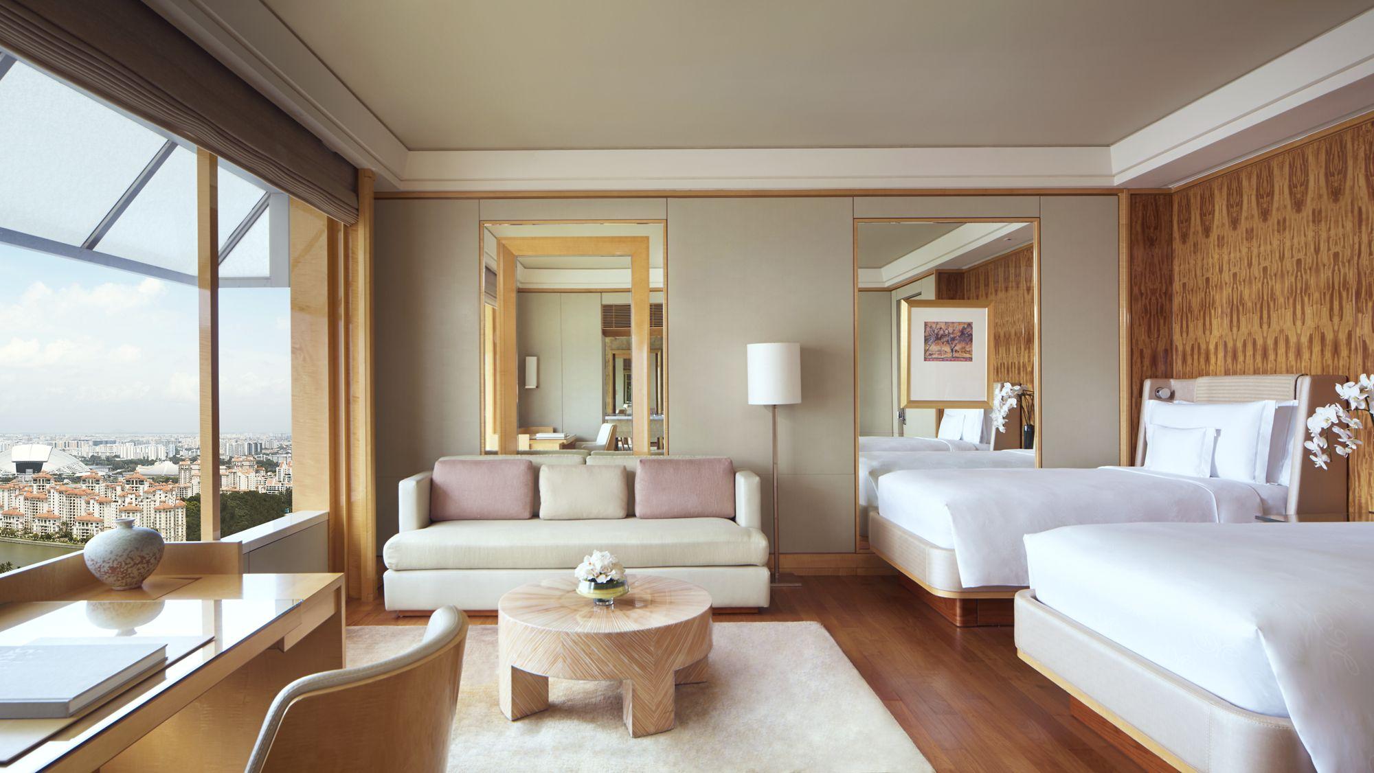Ritz-Carlton Singapore Club Deluxe Kallang