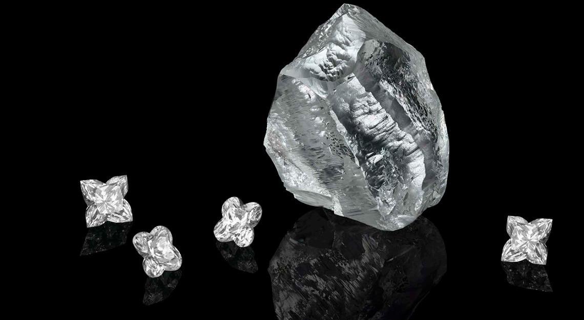 Louis Vuitton Sewelô and Sethunya diamonds