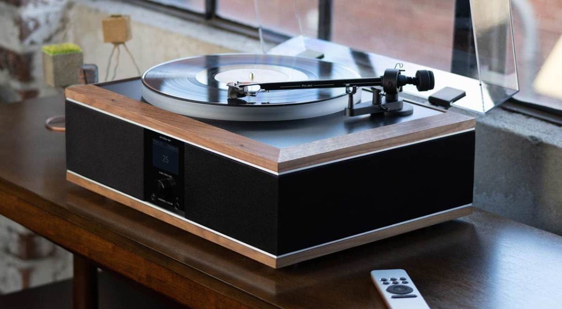 Andover Audio's Model-One Turntable Music System