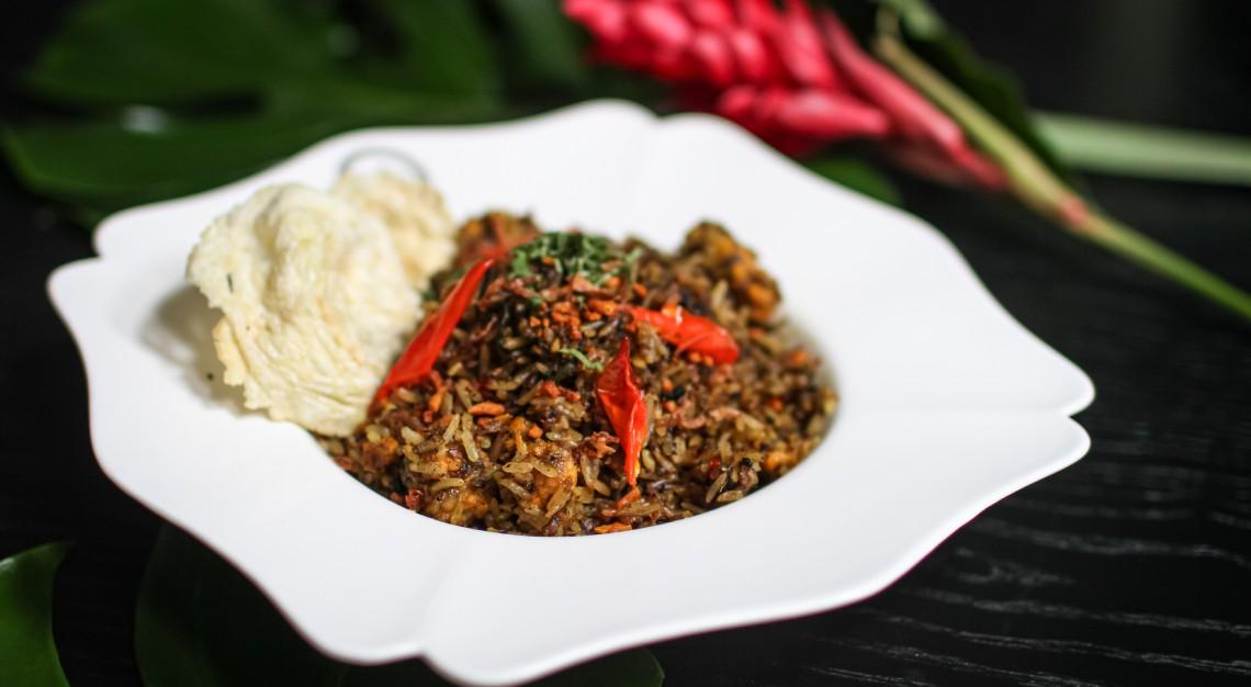 violet oon nasi goreng kangkung