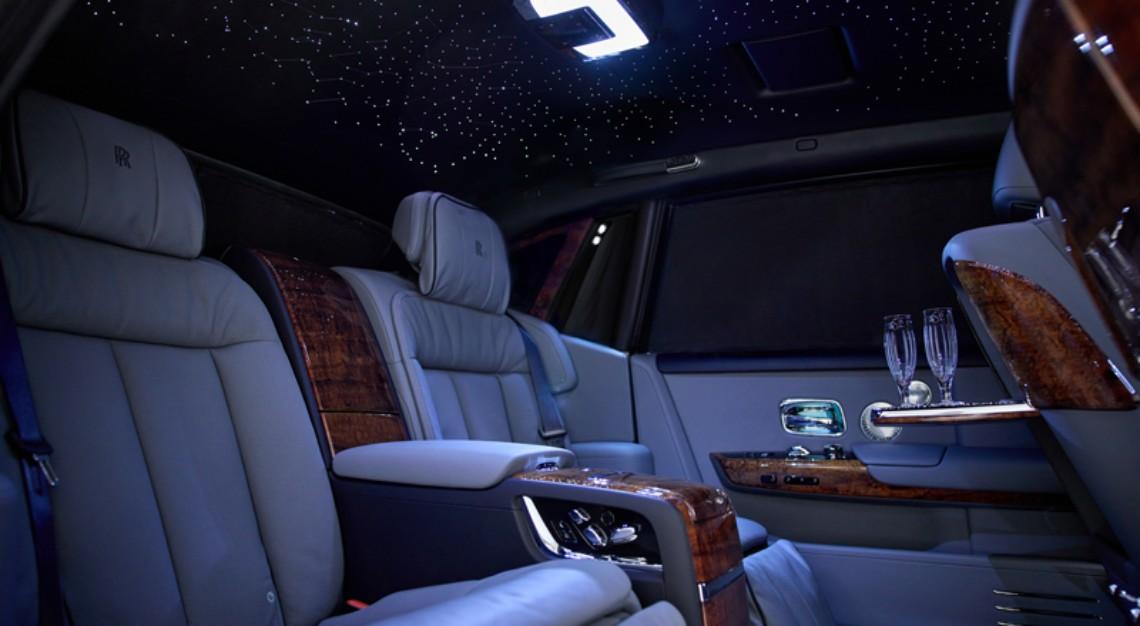 Rolls Royce phantom extended