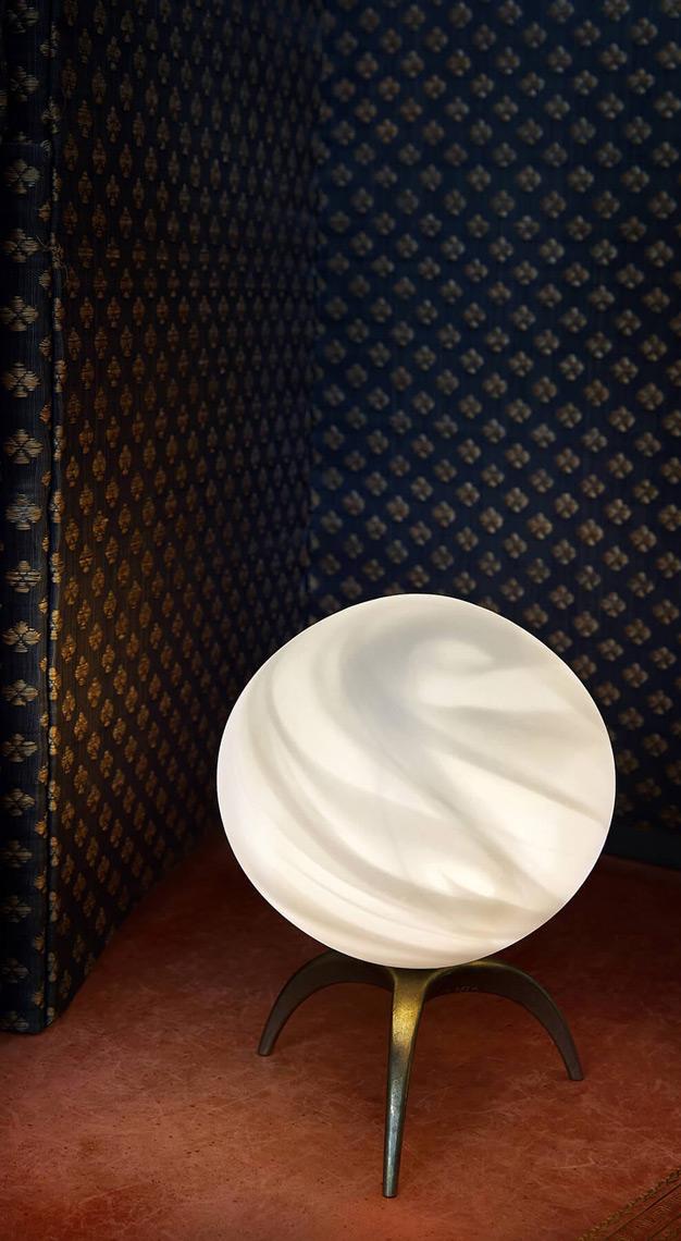 Semeurs d'Etoiles Table Lamp Lem Tripode White Planet