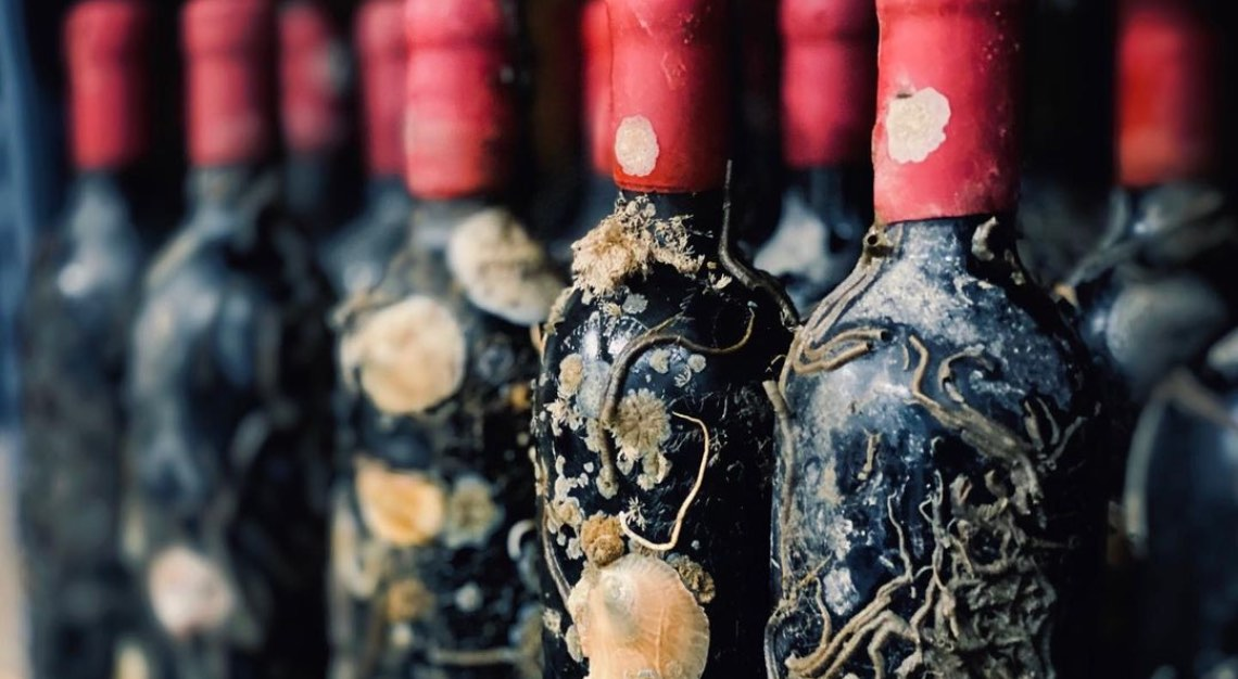 Ageing Bottles on the Ocean Floor