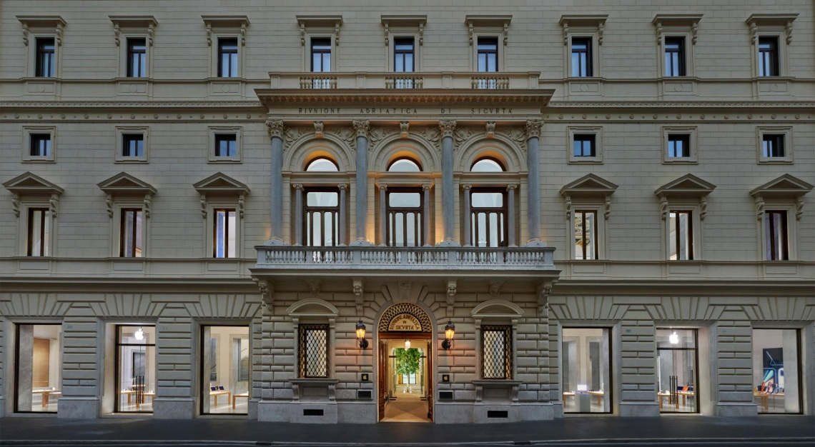 apple palazzo rome
