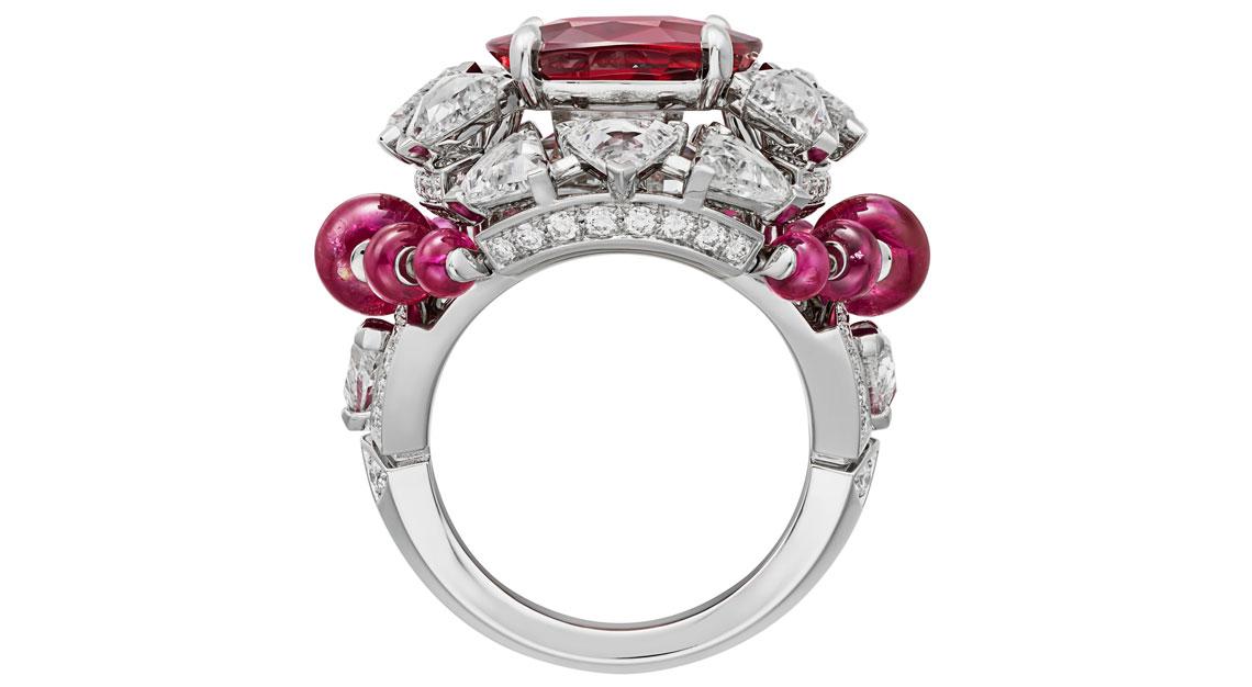 Cartier-high-jewellery-sixieme-sens-phaan-ring-side