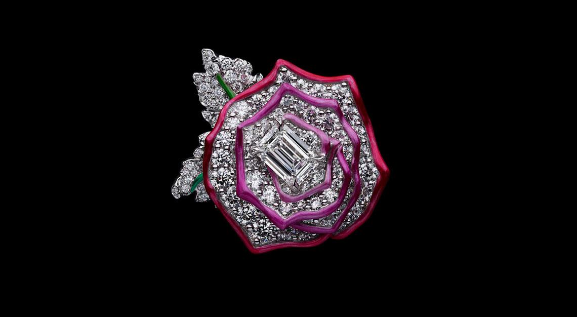 Fashion-houses-high-jewellery-dior-ring-enamel