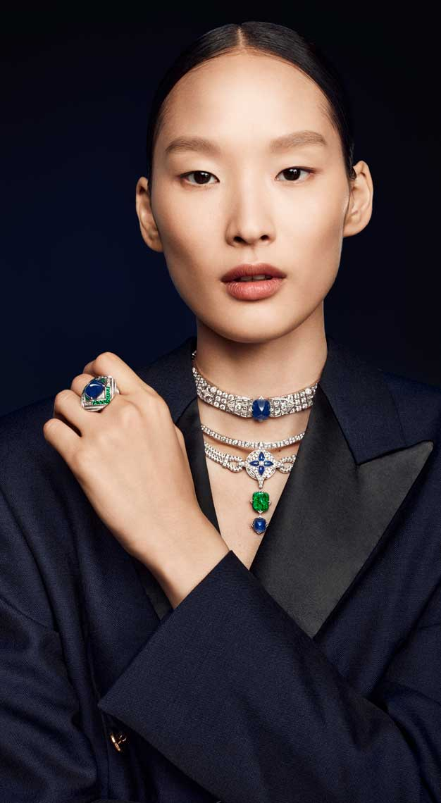 Fashion-houses-high-jewellery-louis-vuitton-necklace-model