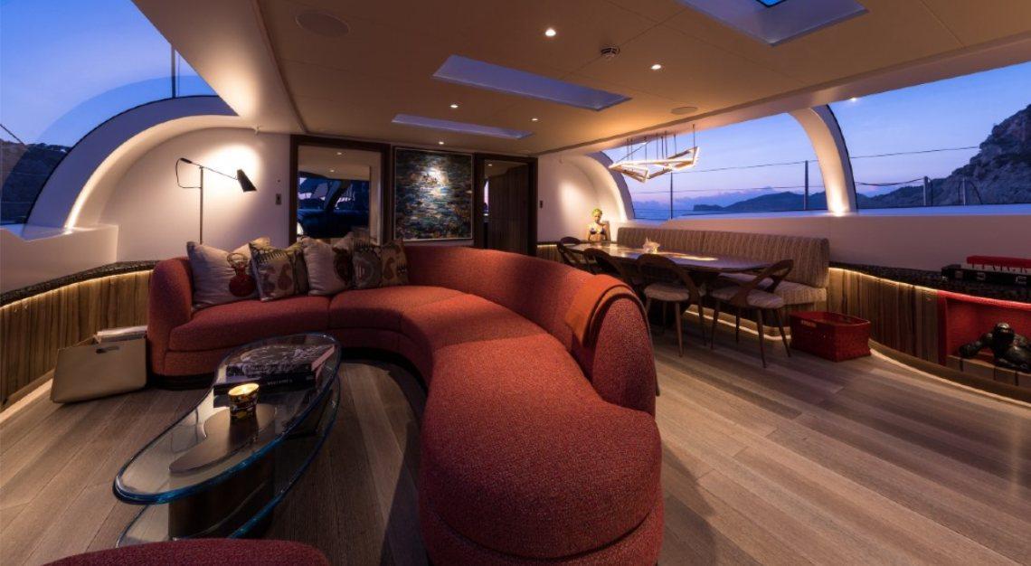 Ngoni deckhouse